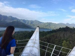 pemandangan dari mahkota bukit rhema